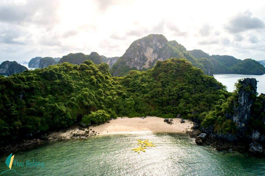 Bãi biển vịnh Bái Tử Long