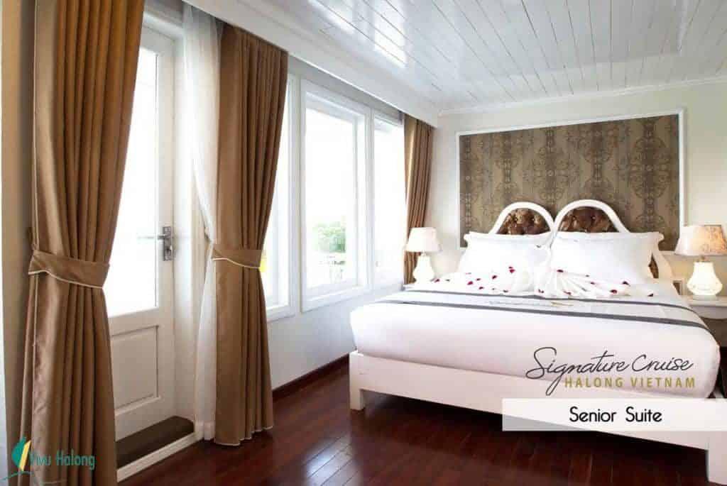 Phòng nghỉ trên du thuyền Signature Hạ Long