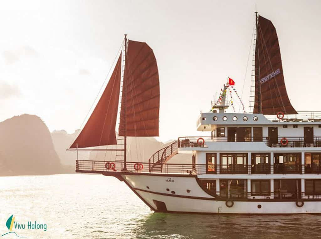 Du thuyền V'spirit Premier Hạ Long