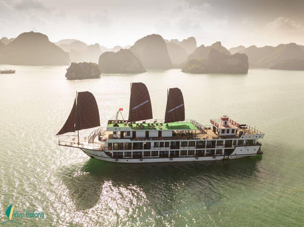 Du thuyền V'spirit Premier vịnh Lan Hạ