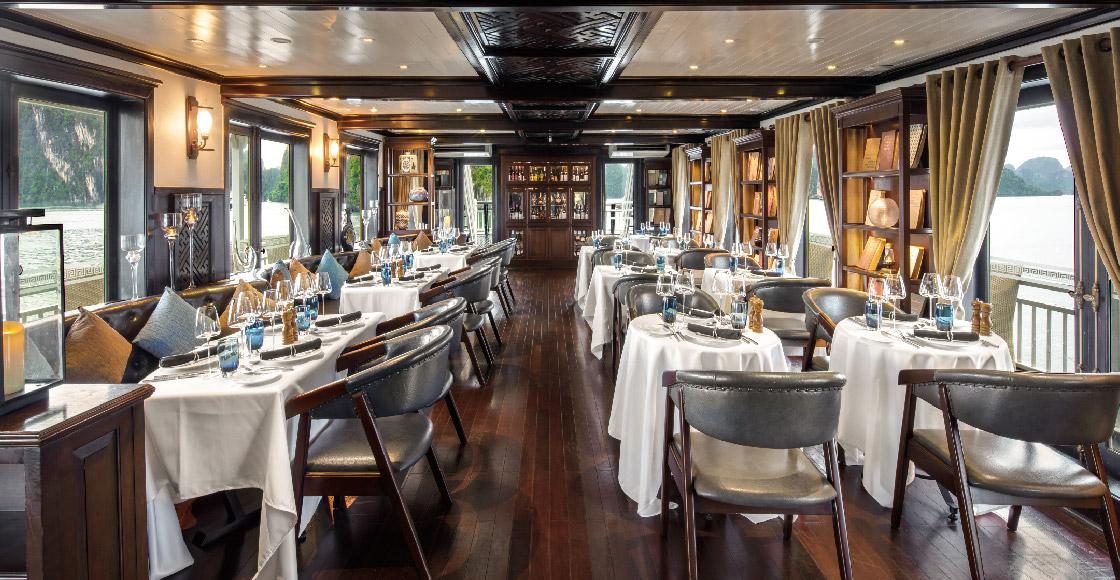 Nhà hàng trên du thuyền Paradise