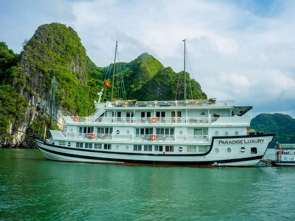Du thuyền Paradise Luxury Hạ Long