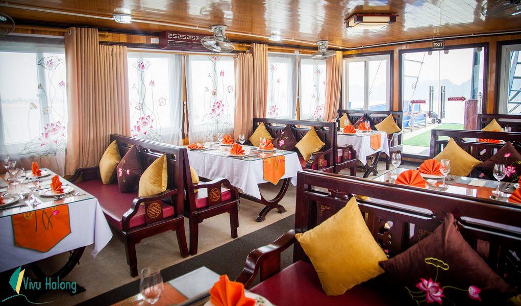 Nhà hàng Du thuyền Sen Hạ Long