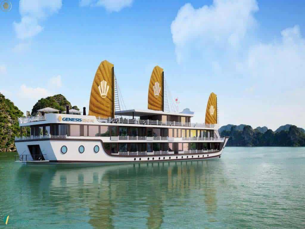 Du thuyền Genesis Regal trên vinh Lan Hạ