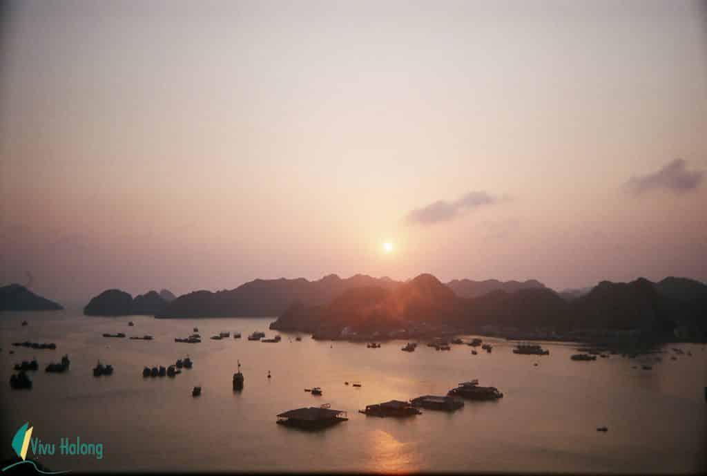 Sunset in Cat Ba island