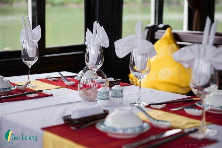 Dining on Genesis luxury cruise