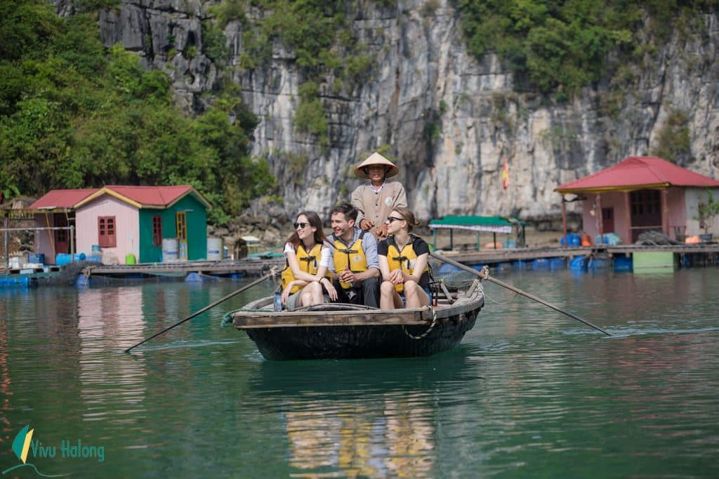 Visit floating village on Halong Bay