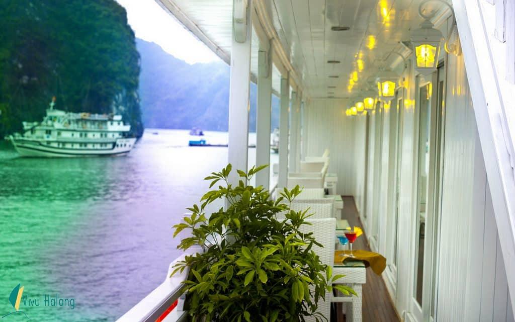 Private balcony of Signature cruise's cabin