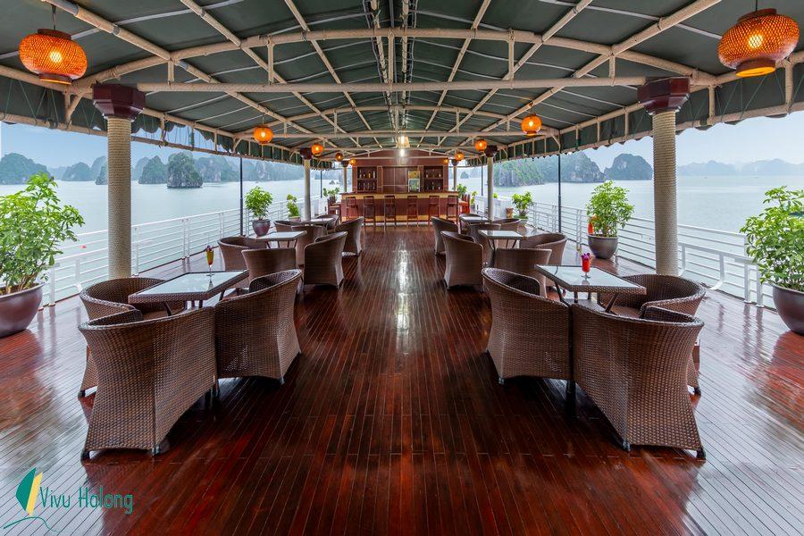 Lounge on Huong Hai Sealife cruise