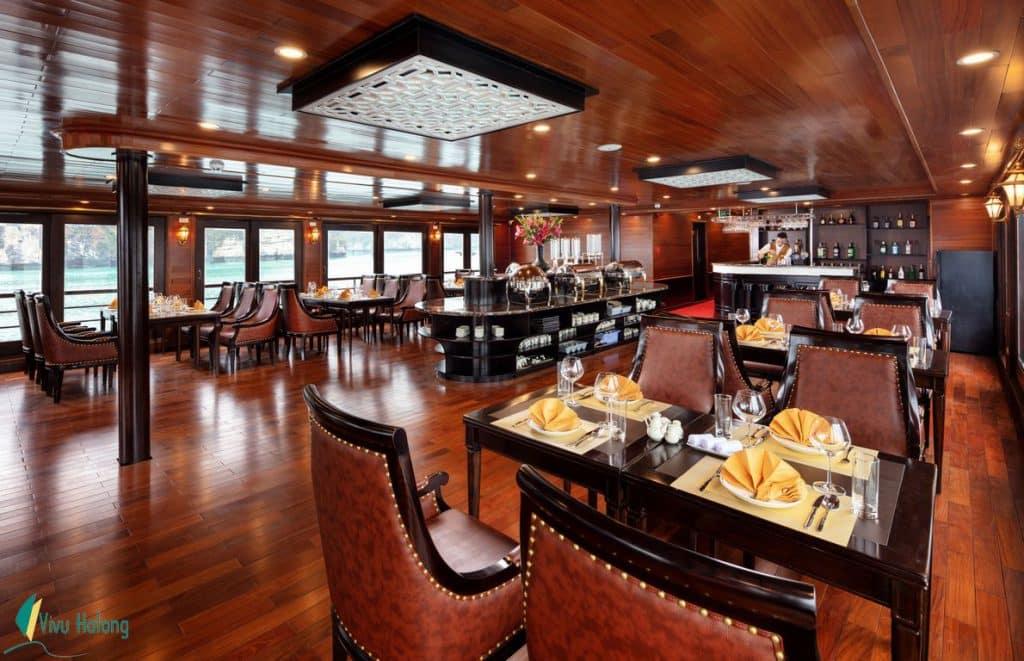 Restaurant on V'Spirit Premier Cruise