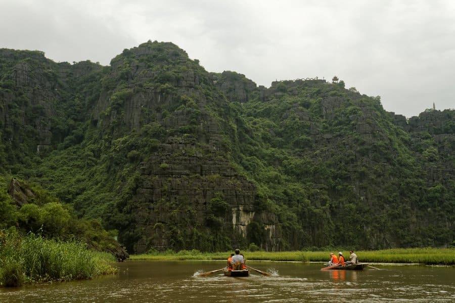 Sampan boat in Tam Coc