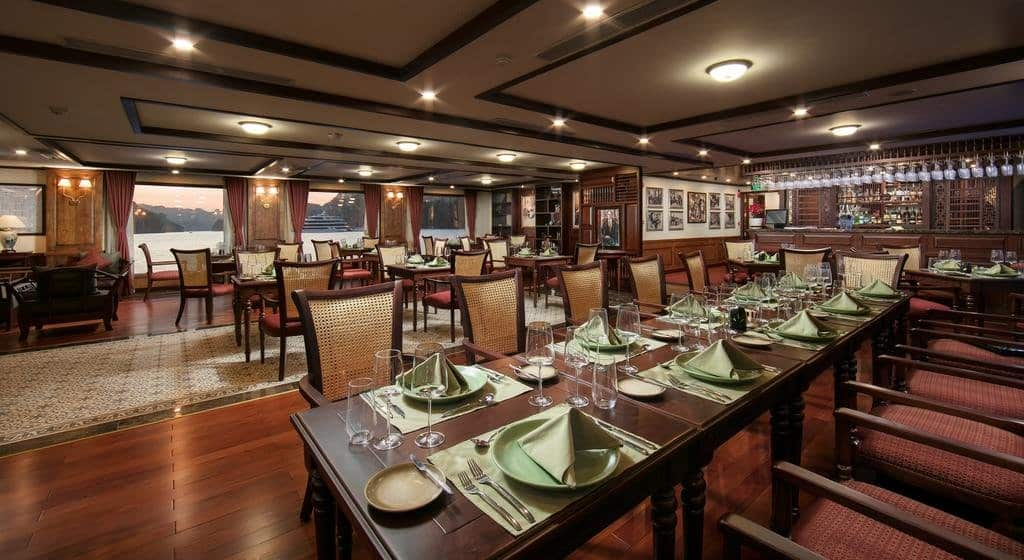 Nhà hàng L'Indochine trên du thuyền