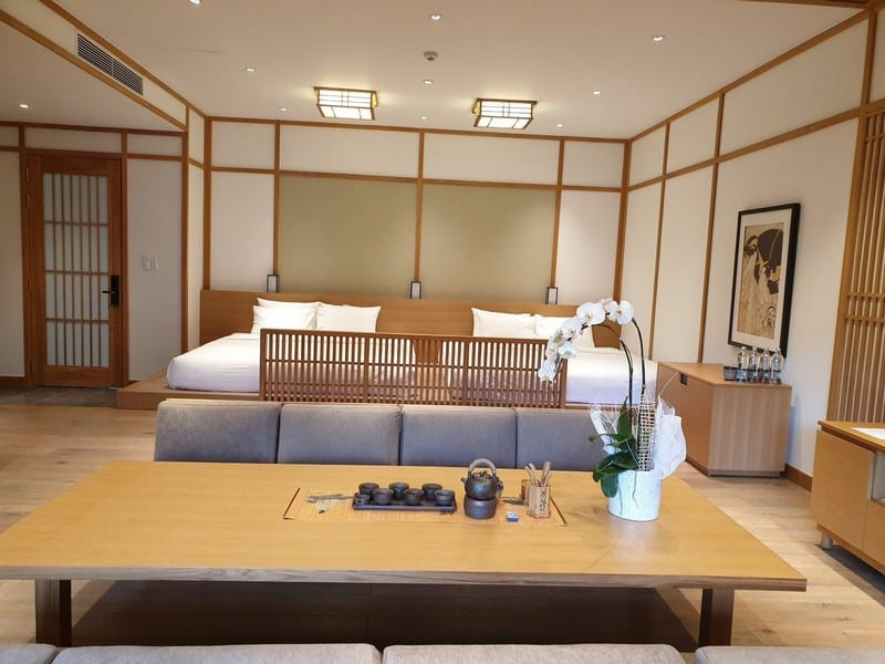Không gian phòng nghỉ tại Yoko Onsen Quang Hanh