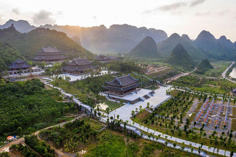 Không gian chùa Tam Chúc, Hà Nam
