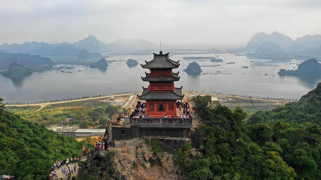 Chùa Ngọc, ngôi chùa được xây hoàn toàn bằng đá nguyên khối