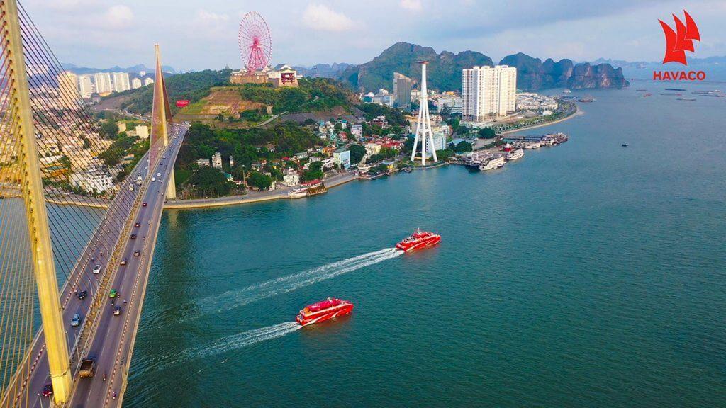 Tàu Tuần Châu Express khởi hành từ Hạ Long