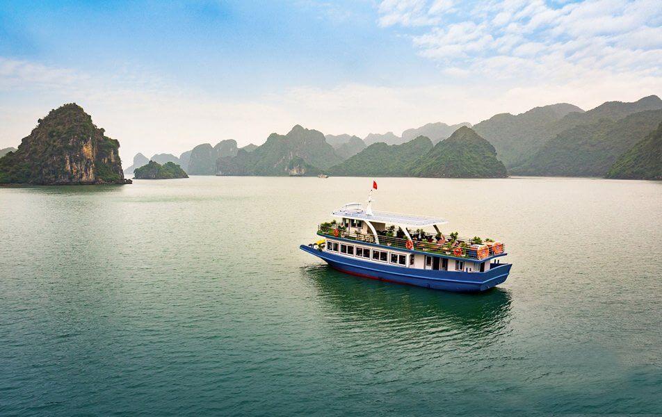 Du thuyền Serenity Boutique Vịnh Lan Hạ