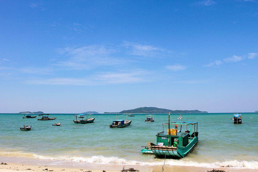 Bãi biển Đảo Cô Tô