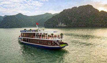 Lan Ha Bay day tour on Serenity cruise